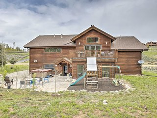 Family-Friendly House w/Hot Tub Near Granby Ranch!