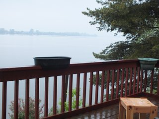 Breathtaking Cottage Lake View, 6 BR, 20 Slp, Year Round , $249