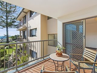Bilinga Gardens 8 - Bilinga / North Kirra Beachfront