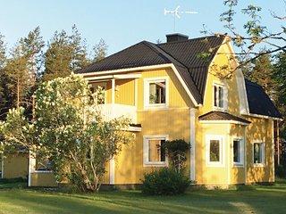 Nice home in Virserum w/ WiFi and 3 Bedrooms