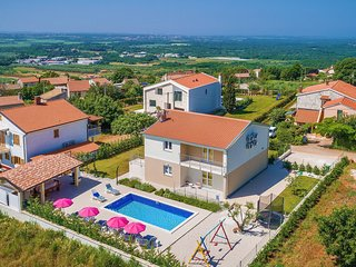 Villa Renata near Porec with private pool and barbecue