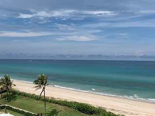 Palm Beach Upscale Oceanview Condo 3-6 month minimum stay three to six month