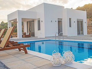 Private pool,Great Views,Free Breakfast Ouranos