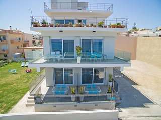 Modern,Beachfront,Amenities,No car needed 1