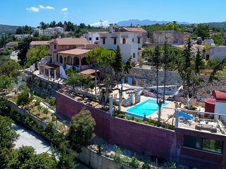 Stunning Views villa, Almyrida,13 persons, Kids Pool