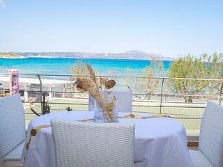 Fully Equipped Beachfront,Almirida