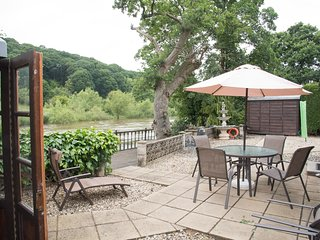 Riverside location in the historic town of Bewdley Shropshire.