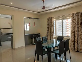 Three Bedroom Serviced Apartment With Fully Equipped Kitchen - Cloud9Homes
