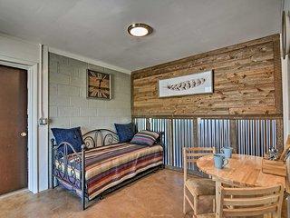 NEW! Studio Cottage w/Mtn Views Near Bryce Canyon!