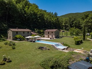 Villa La Fonte - Lovely villa with mineral water pool and spa (Radicondoli, Sien