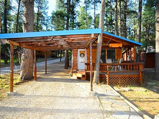 Upper Canyon Retreat - Cozy Cabins Real Estate, LLC.