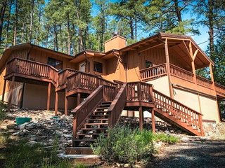Happy Trails Retreat - Cozy Cabins Real Estate, LLC.