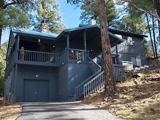Gilleys Cabin - Cozy Cabins Real Estate, LLC.