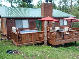 Hilltop Cabin - Cozy Cabins Real Estate, LLC.