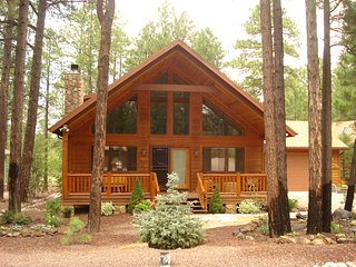 Beautiful Mountain Retreat! Cabin In Pinetop Lakeside