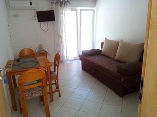One bedroom apartment Lokva Rogoznica (Omiš) (A-17395-b)
