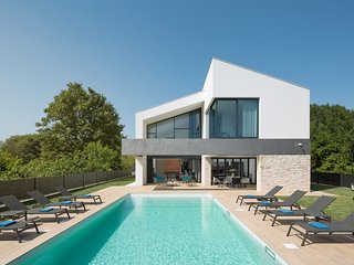 Luxurious Villa Eden, in Istria, with a Pool