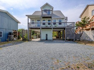 Walking distance to Topsail Beach Attractions- 208 S Anderson