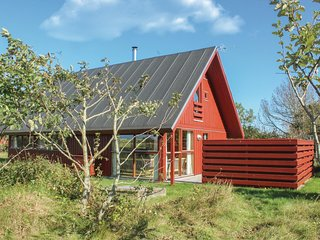 Awesome home in Skagen w/ 3 Bedrooms