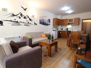 Pine Tree Apartment 2 - B7