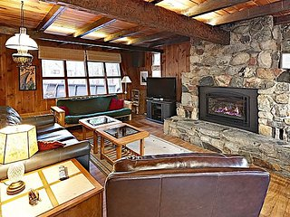 Becky's Boathouse: Classic Tahoe Retreat w/ Big Deck & Rock Fireplace