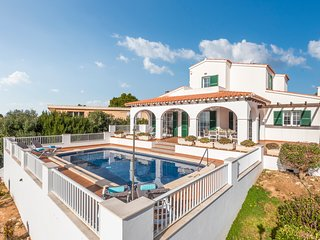 4 bedroom Villa with Pool, Air Con and WiFi - 5806560