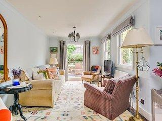 Charming 2-bed flat w/ garden in Chelsea!