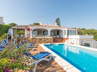 4 bedroom Villa with Pool and WiFi - 5806561