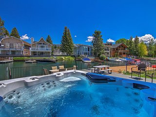 Waterfront Lake Tahoe/Heavenly Hub: Private U-Dock