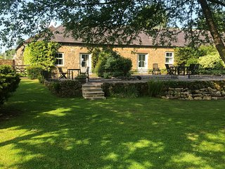 Stainsborough Hall Holiday Cottages - Large Group Accommodation