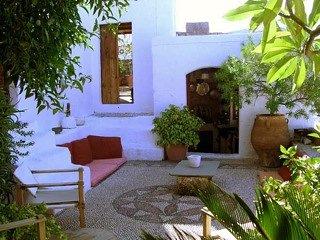 My Beloved villa with garden in Lindos village near the beach, vacation rental in Lindos