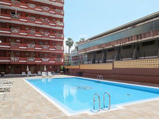 1 bedroom Apartment with Pool and Walk to Beach & Shops - 5793960