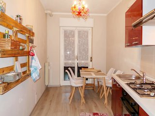 1 bedroom Apartment with WiFi and Walk to Beach & Shops - 5775689