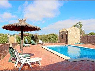 Apartamento en complejo con piscina