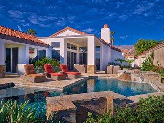 Luxury Contemporary Pool Paradise Desert Oasis