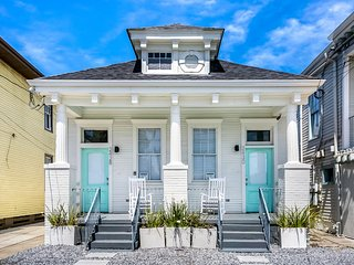Spacious NOLA House w 2 Attached Units