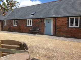 Fully wheelchair accessible, Barnes Cottage located in beautiful rural Dorset.
