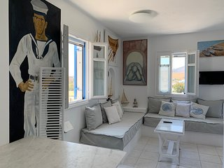 Aiolos home|2bedrooms with amazing sea view, 2min from Logaras beach