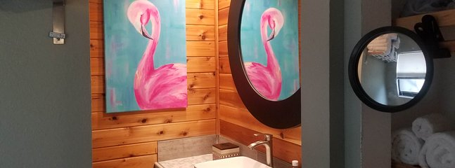 Flamingo Flat studio by Hop Skip & Jump 4 miles to Indian Rocks beach