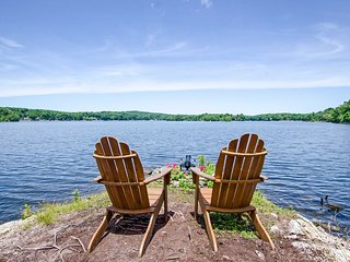 NEW-Lakefront Home Near Mtn Creek 4-Season Resort!