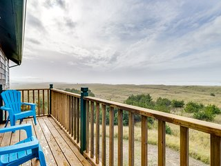 NEW LISTING! Dog - friendly beach condo w/ open layout and the best views around