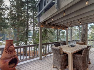 Cozy, dog-friendly home near Heavenly Mountain Resort