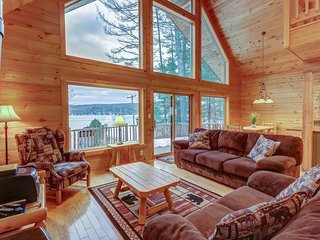 NEW LISTING! Spacious chalet with tons of room, shared beach & dock