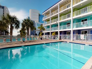 NEW LISTING! Newly renovated condo w/ shared, heated pool - close to the beach