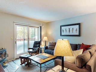 Comfortable & budget-friendly condo across from Bear Back Poma Lift