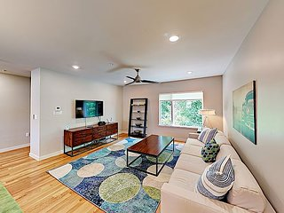 Brand-New 2BR Multi-Level Townhouse with Rooftop Deck & Elevator