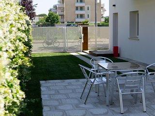 Otium Casavacanze Giulianova alloggio Piano terra est con giardino