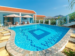 Kolympia Apartment Sleeps 6 with Pool Air Con and Free WiFi - 5826047