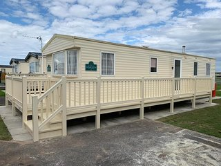 #This 8 berth caravan on the golden palm chapel PG15