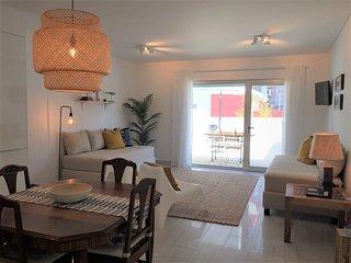 Alto Mar Apartment: Consolacao, Supertubos, Peniche
